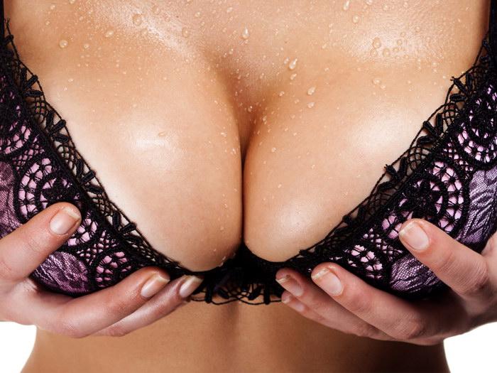 бесплатные фото женских грудей